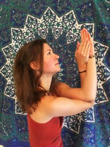 Magda Repetowska - kurs początkujący jogi online